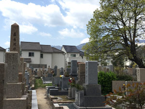 神戸市東灘区にあるお墓、神戸市立小林墓地