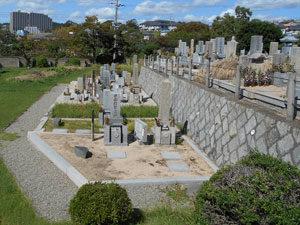 神戸市垂水区にある墓地、滑墓地