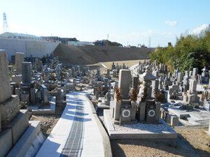 神戸市西区にある墓地、漆山墓地